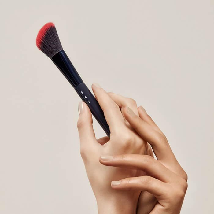 Kompozycja - Angled Cheek Brush nr 10 SAY Makeup