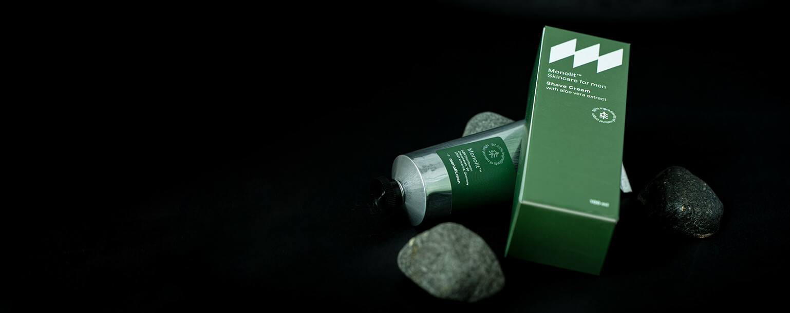 Kompozycja - Krem do golenia z ekstraktem z aloesu Monolit